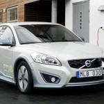 auto elettrica ricarica batteria 150x150