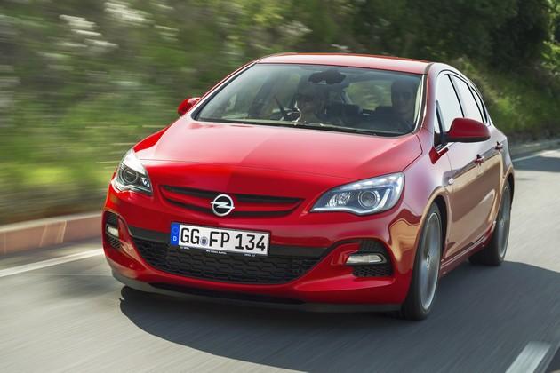 opel-astra-gasolio-biturbo-2012 Il BiTurbo a gasolio arriva anche sull'Opel Astra
