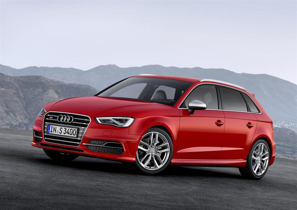 AudiS3Sportback Audi S3 Sportback: la A3 diventa sportiva