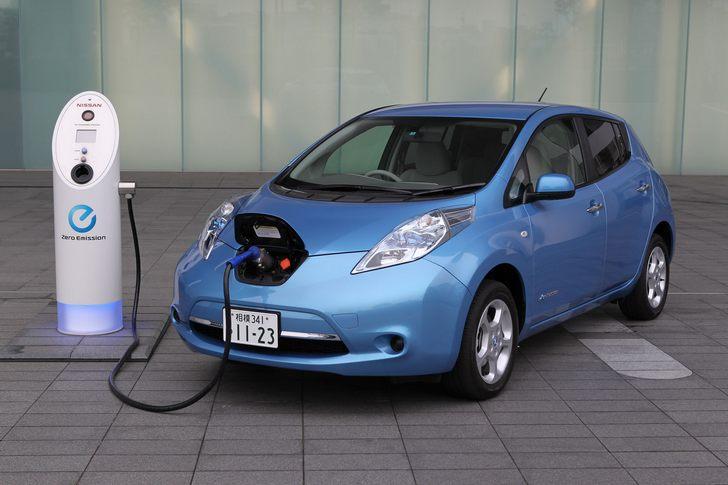 Elettrica Nissan Leaf
