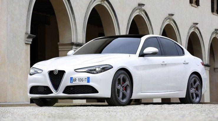 Nuova Alfa Romeo Giulia: Motori, Prezzi e Concorrenti