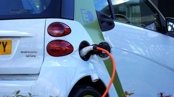 Costo di un'auto elettrica