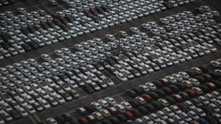 L'andamento delle auto in borsa: conviene fare trading